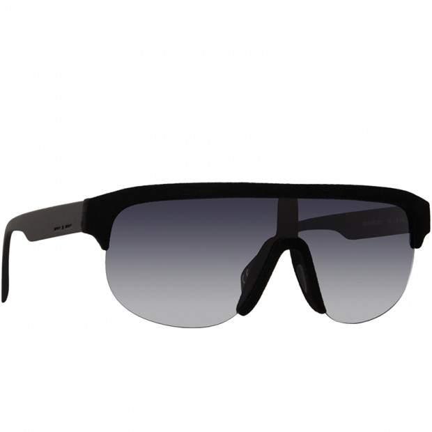 """大人の""""かっこいい""""を追求したサングラス4選。夏のアウトドアシーンはお気に入りのサングラスと共に 4番目の画像"""