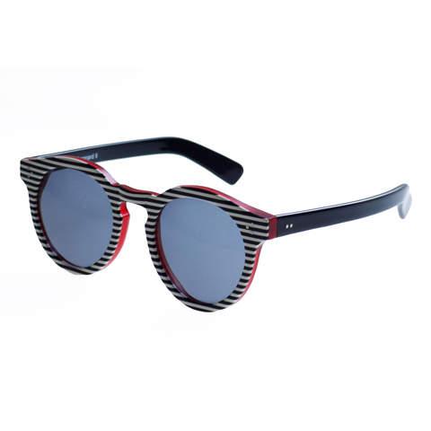 """大人の""""かっこいい""""を追求したサングラス4選。夏のアウトドアシーンはお気に入りのサングラスと共に 3番目の画像"""