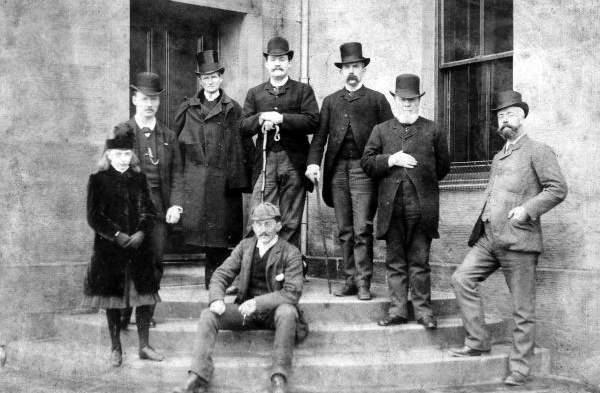 """ブライドルレザーの鞄が、ワンランク上のビジネスマンに選ばれる理由:英国紳士の""""スタンダード"""" 1番目の画像"""