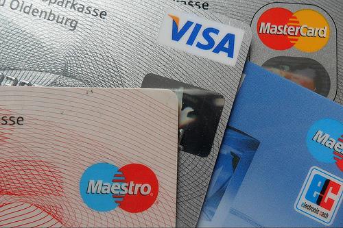 """元銀行員が明かす、""""実は得する3つのお金の使い方"""":『お金が貯まるのは、どっち!?』 1番目の画像"""