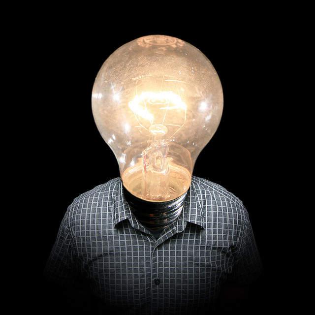 """売れっ子放送作家が伝授する、9割の人ができない""""優れたアイデア""""の作り方:『企画は、ひと言。』 1番目の画像"""