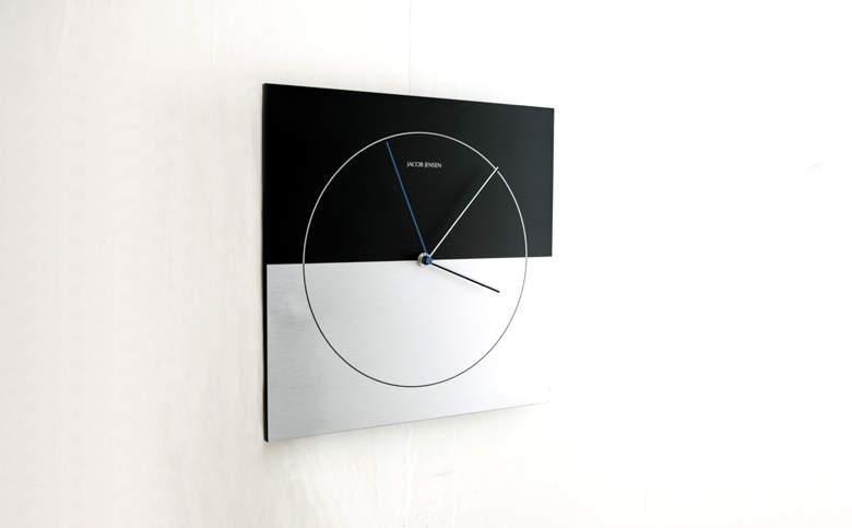 おしゃれな掛け時計が部屋を明るく彩る。デザインの優れた掛け時計5選 6番目の画像