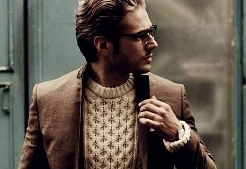 秋冬メンズのセーター選び。5色のカラーで攻めるおすすめメンズセーターまとめ! 1番目の画像