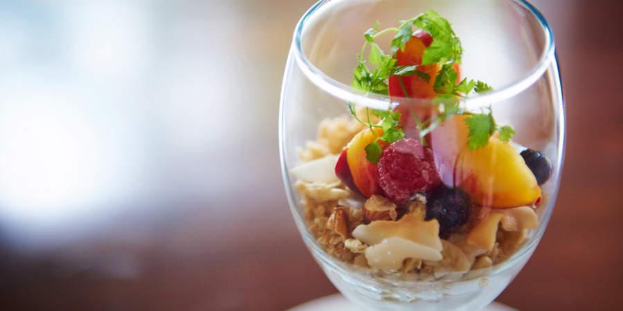 """サクッじゅわっな新食感でホリエモンも絶賛! 新スイーツ、""""生""""グラノーラの美味しさの理由に迫る 1番目の画像"""
