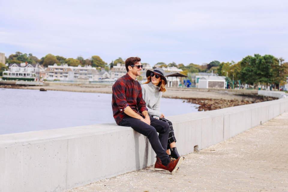 秋冬のデイリーコーデには鉄板のネルシャツを。おしゃれメンズが魅せるネルシャツの洒落た着こなし方 1番目の画像