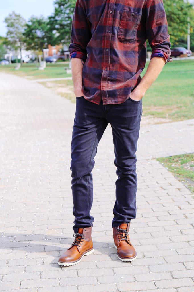 秋冬のデイリーコーデには鉄板のネルシャツを。おしゃれメンズが魅せるネルシャツの洒落た着こなし方 4番目の画像