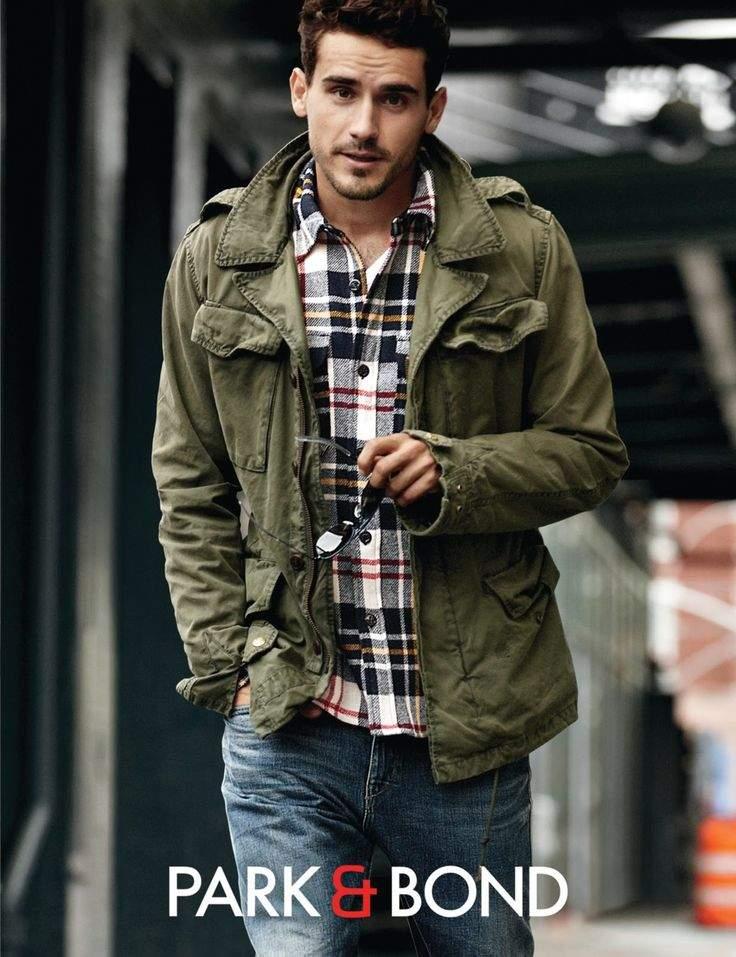 秋冬のデイリーコーデには鉄板のネルシャツを。おしゃれメンズが魅せるネルシャツの洒落た着こなし方 6番目の画像