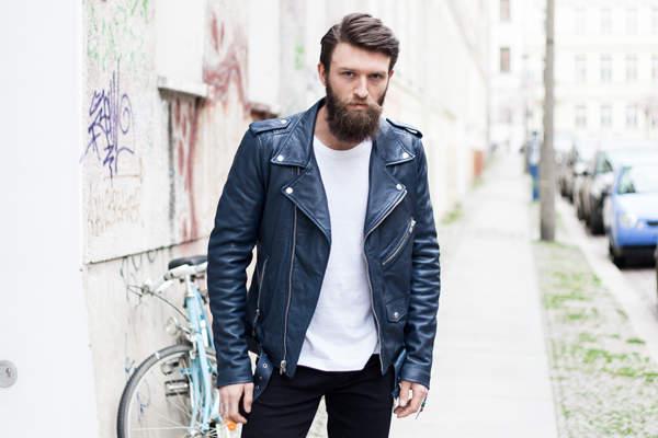 大人だからこそ楽しみたい、ライダースジャケットの着こなし。定番アウターをお洒落に着こなそう! 1番目の画像