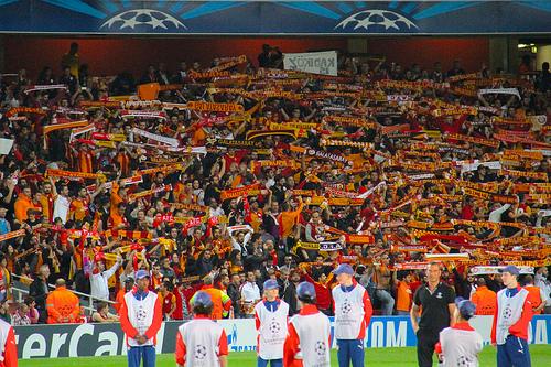 「欧州リーグ」と「Jリーグ」という収入格差の現実――欧州サッカーリーグの巨大な市場規模を見よ。 4番目の画像