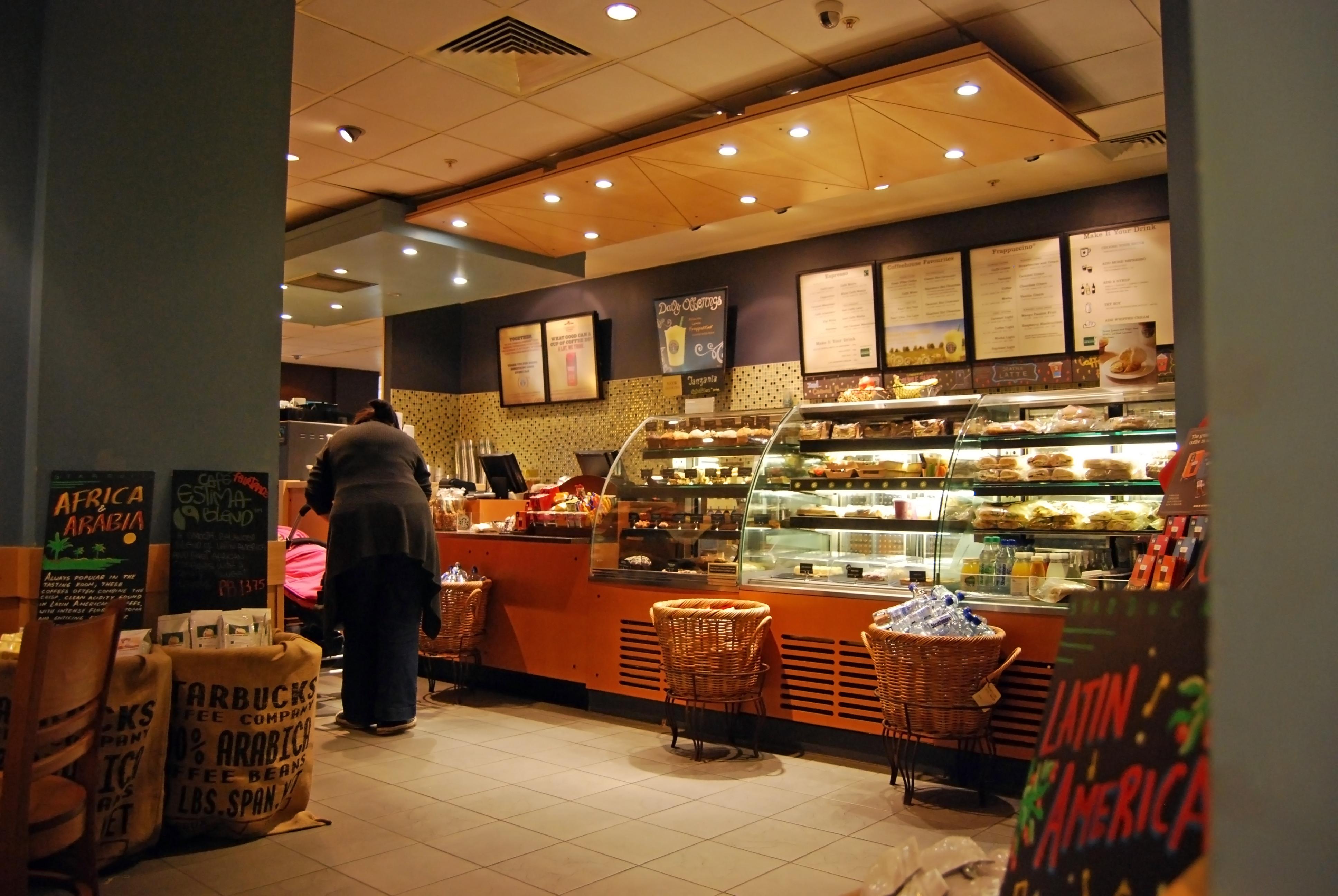 「カフェではない。スタバという空間」:日本進出を成功に導いた「新しいカフェ」というブランディング 3番目の画像
