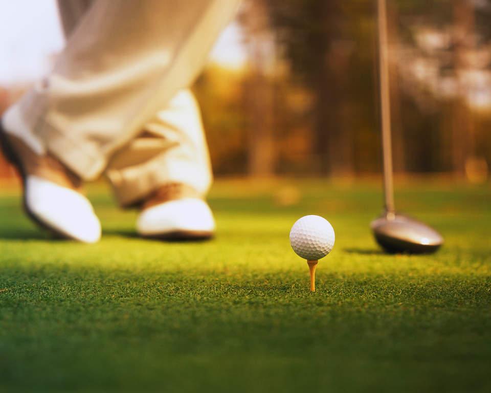 今さら聞けない、ゴルフの服装マナー。基本から学ぶ、秋冬におすすめの洒脱な着こなしとは? 1番目の画像