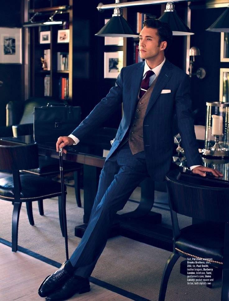 スーツベストで魅せる、男の上品さ。小粋なVゾーンはスーツベストで完成させる 4番目の画像