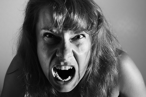 """「怒らない方法」ではなく「""""上手く怒る""""方法」を知れ。『アンガーマネジメント 怒らない伝え方』 1番目の画像"""