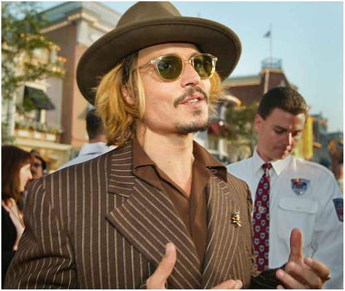 """3つのファッションスナップから見る、ジョニー・デップ流お洒落の哲学。""""お洒落""""は自分自身である 5番目の画像"""