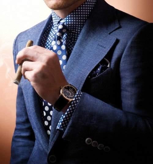 スーツでビシッとキメても油断は禁物。腕時計とスーツの「大人」な合わせ方。 5番目の画像