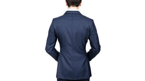 「スーツの選び方・着こなし法 第七ヶ条」を制定!:男のスーツは肩で着ろ。 5番目の画像
