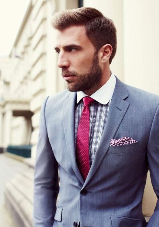 スーツにもネクタイでトレンドを:注目カラー「マルサラカラー」が今季のトレンドをかっさらう! 2番目の画像