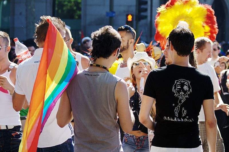 """LGBTフレンドリーな企業が、全員が働きやすい企業"":企業内のLGBT当事者が不快に思う言動 1番目の画像"