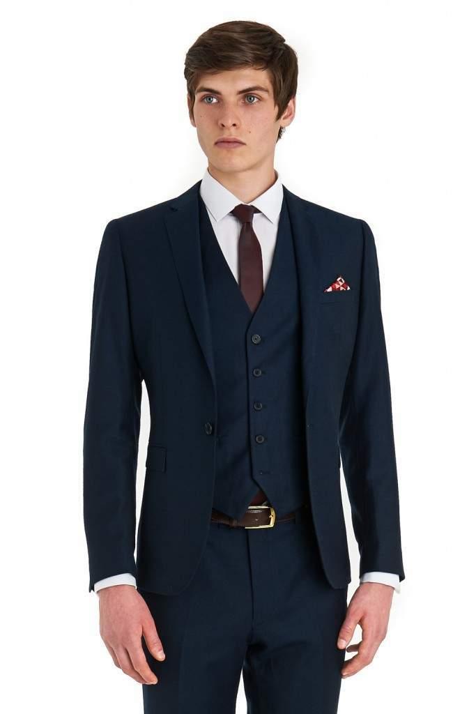 「スーツの選び方・着こなし法 第七ヶ条」を制定!:男のスーツは肩で着ろ。 7番目の画像