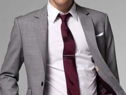シャツのカラー(襟)がスーツスタイルの完成度を左右する! シーンに合わせたカラーを徹底解説 1番目の画像