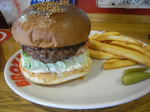 肉汁したたる、東京のハンバーガー11店:今食べなきゃ損! 新規オープンから老舗店まで。 5番目の画像