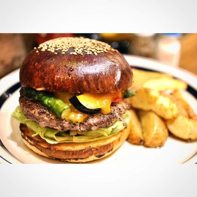 肉汁したたる、東京のハンバーガー11店:今食べなきゃ損! 新規オープンから老舗店まで。 8番目の画像
