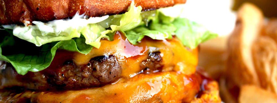 肉汁したたる、東京のハンバーガー11店:今食べなきゃ損! 新規オープンから老舗店まで。 11番目の画像