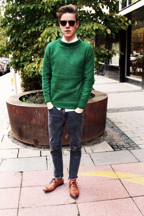 冬の定番セーター×シャツコーデを体得せよ! バリエーション豊かなセーターとシャツの組み合わせ集 2番目の画像