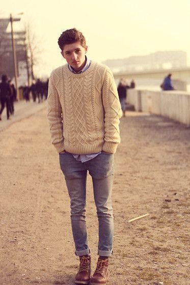 大人らしさの追求を! メンズセーターの大人な着こなしで、セーターのカジュアルなイメージを払拭せよ 4番目の画像
