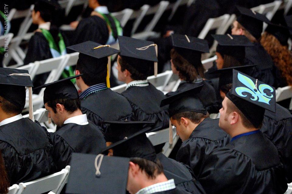 新卒がもらう「初任給の手取り平均」はいくら? 初任給はどう使うのがベスト? 1番目の画像