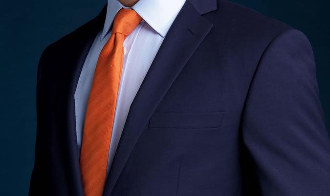 """スーツはアイロンのかけ方一つで変わる! 10分で出来るアイロンテクでスーツを""""新品同様""""に 1番目の画像"""