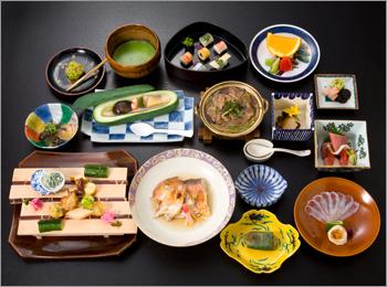 食べログ3年連続1位の懐石料理、つる幸料理長・河田康雄の「進化し続ける伝統の日本料理」とは 5番目の画像