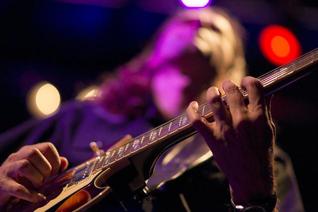 """音楽業界を変革する""""30歳以下の有名音楽家30人"""":Vine動画から夢を掴んだ新時代の旗手ほか 1番目の画像"""