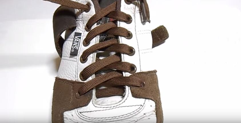 革靴の紐、買ったときの結び方のまま?シーン別ビジネスシューズの紐の結び方 15番目の画像