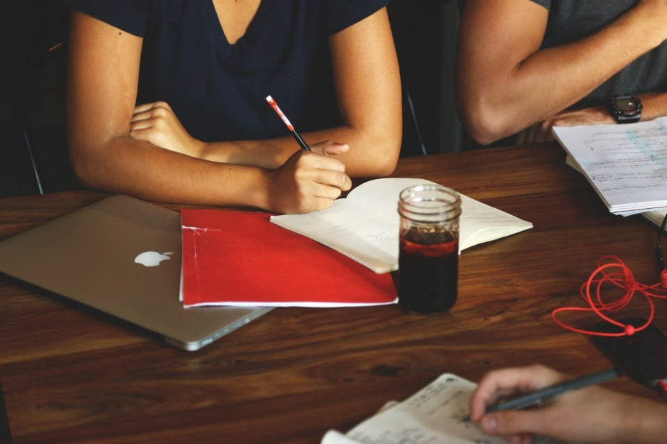 隙間時間で英語の勉強! 英語をスマートフォンアプリで勉強するべき理由とは? 4番目の画像