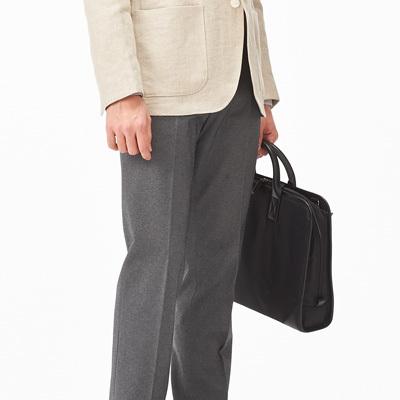 """ビジネスマンにおすすめの""""魅せる""""PCバッグ6選:機能的なPCバッグだからこそ、ビジュアルで選ぶ 6番目の画像"""
