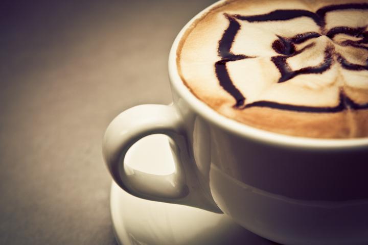 お家で簡単! カフェモカの作り方。カフェラテよりもワンランク上の大人の味を楽しもう。 1番目の画像