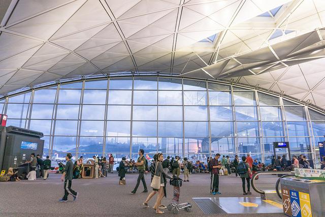 世界のスゴすぎる空港ランキングトップ5:海外旅行の途中にプールやジム、映画館にまで行けちゃう 3番目の画像