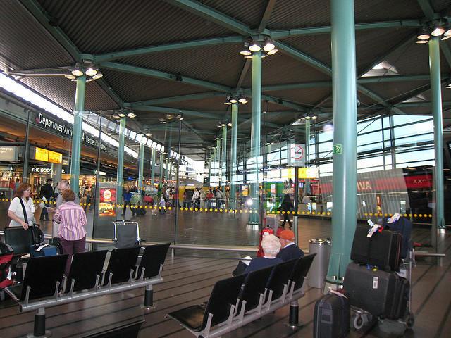 世界のスゴすぎる空港ランキングトップ5:海外旅行の途中にプールやジム、映画館にまで行けちゃう 4番目の画像