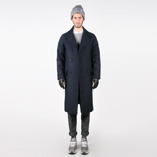 """ステンカラーコートでシンプルおしゃれなメンズ着こなしを。""""おしゃれの究極はシンプルにあり!"""" 5番目の画像"""