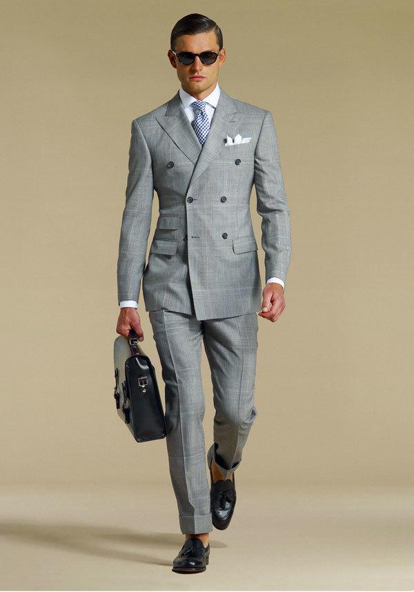 """ダブルスーツが実現する大人の品格:着こなしを抑えて""""ワンランク上""""のスーツスタイルを 6番目の画像"""