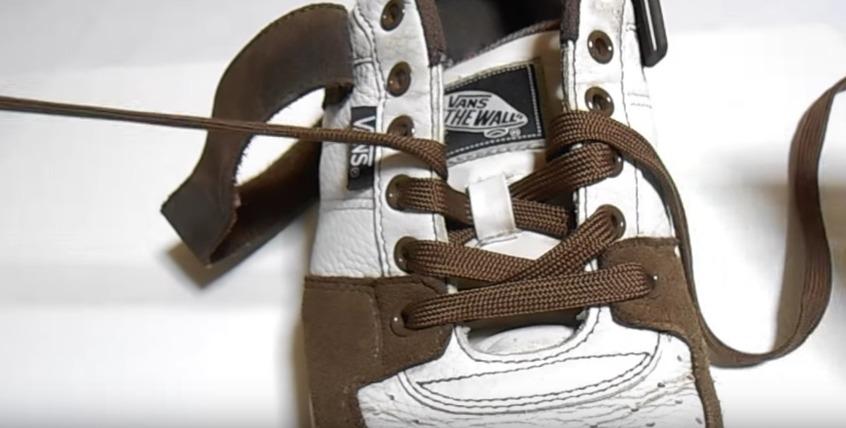 革靴の紐、買ったときの結び方のまま?シーン別ビジネスシューズの紐の結び方 11番目の画像