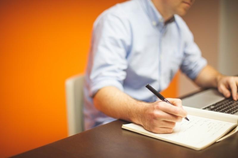 仕事のスキルアップ、資格取得を目指す人必見! 資格取得支援制度について 1番目の画像