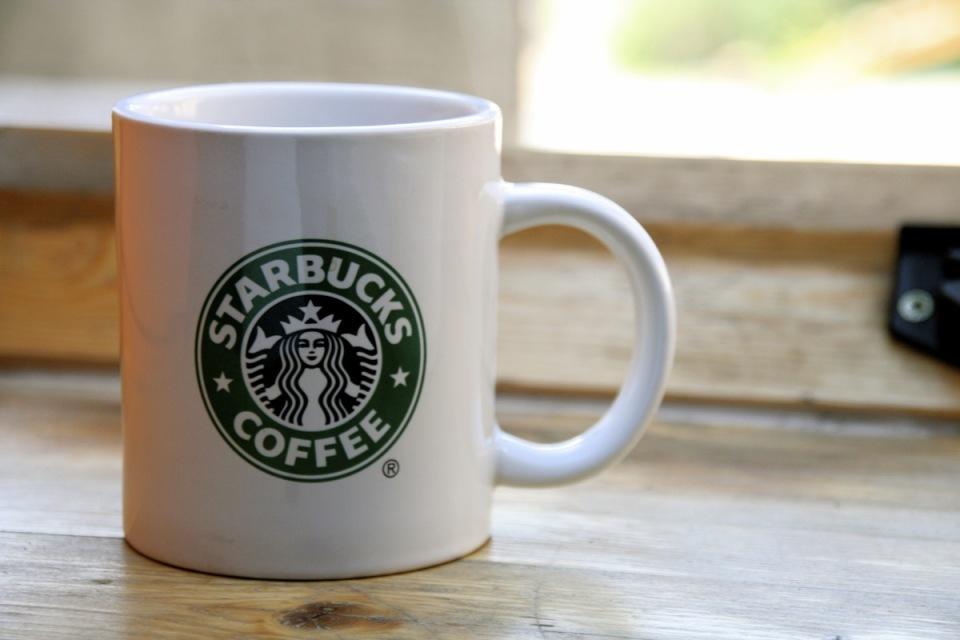一杯のコーヒーが教えてくれる、日常の経済学入門『スタバではグランデを買え!―価格と生活の経済学』 1番目の画像