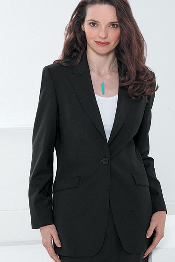 """""""女性営業マンがスーツのインナーの色を選ぶ時""""に意識してほしい3つのこと 2番目の画像"""