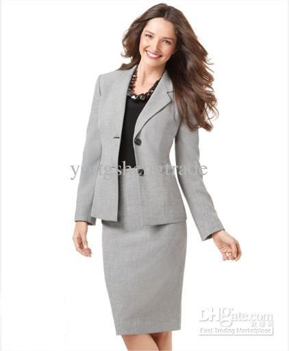"""""""女性営業マンがスーツのインナーの色を選ぶ時""""に意識してほしい3つのこと 4番目の画像"""