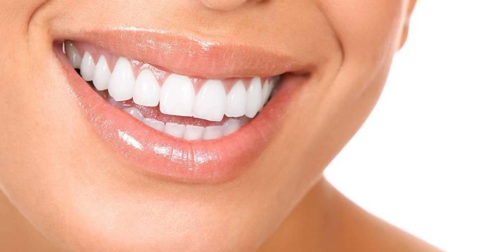 実は知らない、電動歯ブラシを使った「正しい歯の磨き方」:強く磨けばキレイになるわけではない! 1番目の画像