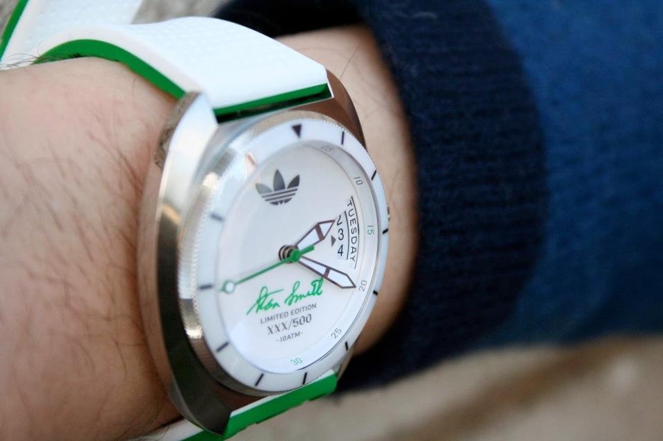 """メンズの""""かっこよさ""""を際立たせる10の腕時計ブランド:フォーマルでも、カジュアルでも 4番目の画像"""