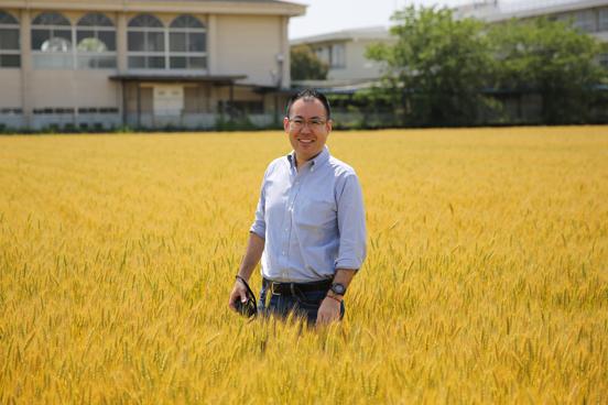 """元寿司屋・村岡浩司が生み出した大人気「九州パンケーキ」に迫る。使うだけで繁盛する""""魔法の粉""""とは 7番目の画像"""