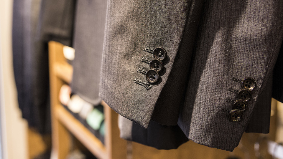 「EC専門オーダースーツ」がリアル店舗に進出した理由とは? 飛ぶように売れる新興ブランドに迫る。 10番目の画像